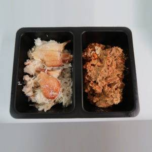 brown and white crab meat